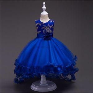 Dresses - Blue formal dress